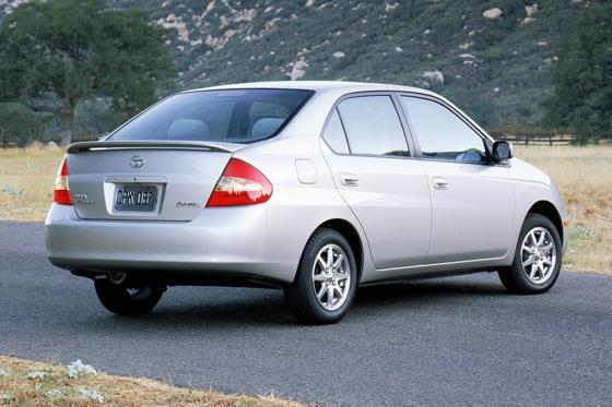 Toyota Prius Used Car Review Autotrader - 2003 prius