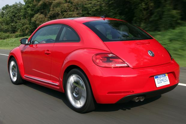 2013 Volkswagen Beetle: New Car Review featured image large thumb3