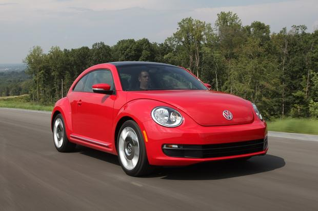 2013 Volkswagen Beetle: New Car Review featured image large thumb11