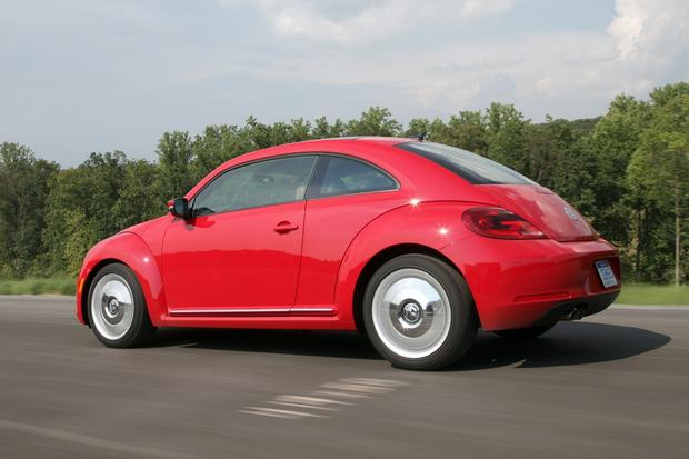 2013 Volkswagen Beetle: New Car Review featured image large thumb13