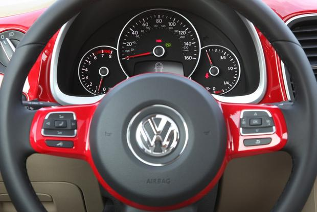 2013 Volkswagen Beetle: New Car Review featured image large thumb18