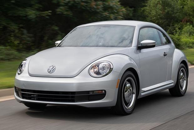 2015 Volkswagen Beetle: New Car Review featured image large thumb0