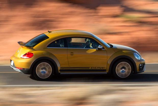 2016 Volkswagen Beetle: New Car Review featured image large thumb2