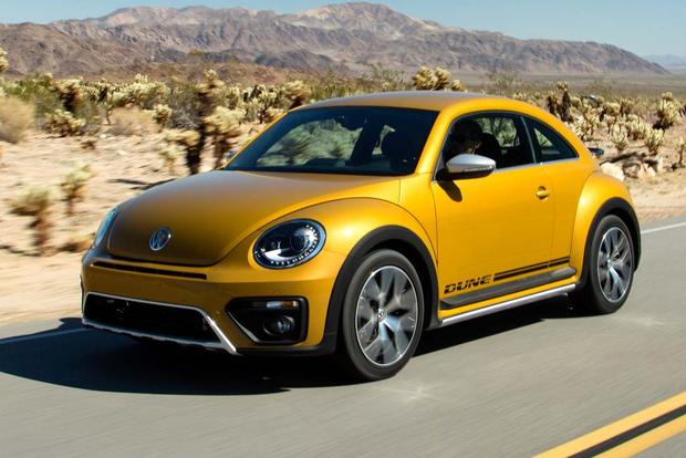2016 Volkswagen Beetle: New Car Review featured image large thumb3