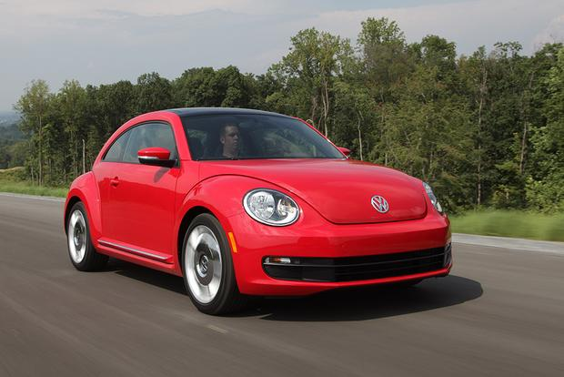 2017 Volkswagen Beetle: New Car Review featured image large thumb0