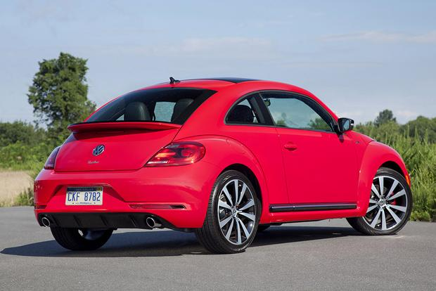 2017 Volkswagen Beetle: New Car Review featured image large thumb1