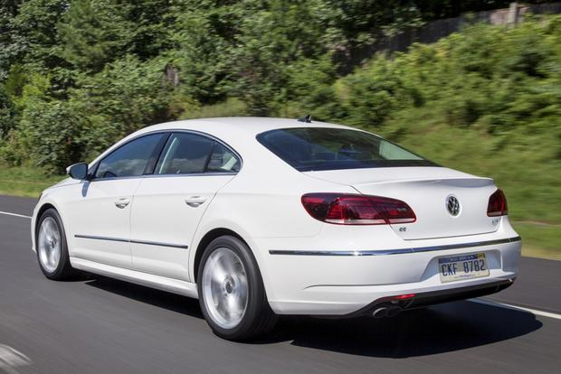 2014 Volkswagen CC: New Car Review featured image large thumb1