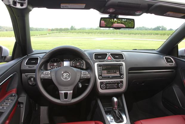 2013 Volkswagen Eos: New Car Review featured image large thumb10