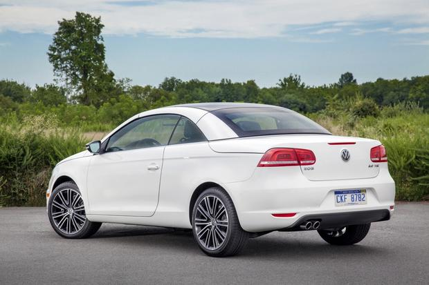 2014 Volkswagen Eos: New Car Review featured image large thumb3