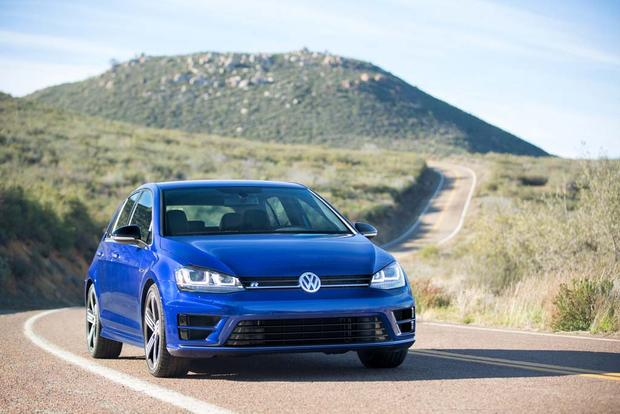 2016 Volkswagen Golf R: New Car Review featured image large thumb4