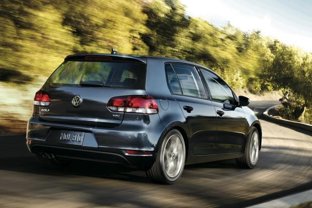 2013 Volkswagen Golf: New Car Review featured image large thumb2
