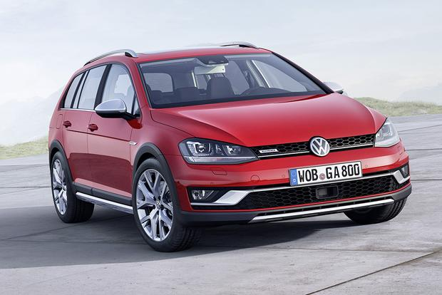 2015 Volkswagen Golf SportWagen: New Car Review featured image large thumb0