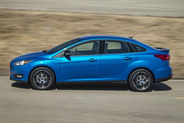 2015 volkswagen golf vs. 2015 ford focus: which is better