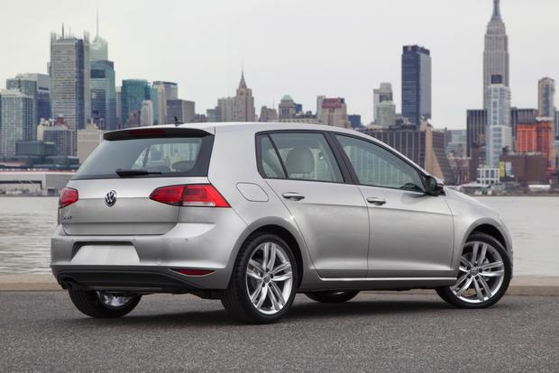 2015 Volkswagen Golf: First Drive Review featured image large thumb1
