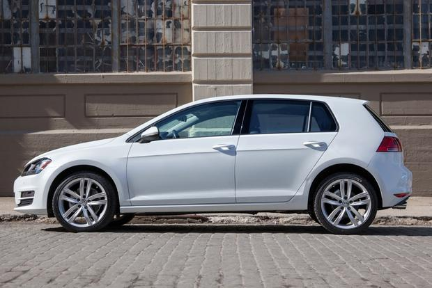 2015 Volkswagen Golf: New Car Review featured image large thumb2