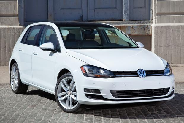 2015 Volkswagen Golf: New Car Review featured image large thumb0