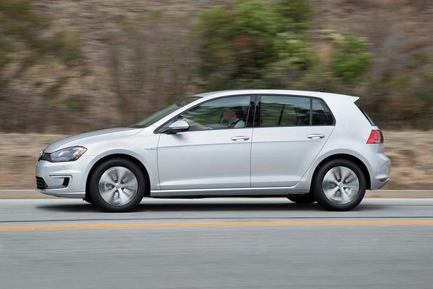 2016 Volkswagen E Golf New Car Review Featured Image Large Thumb1