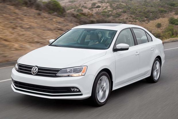 2016 Volkswagen Golf vs. 2016 Volkswagen Jetta: What's the Difference?