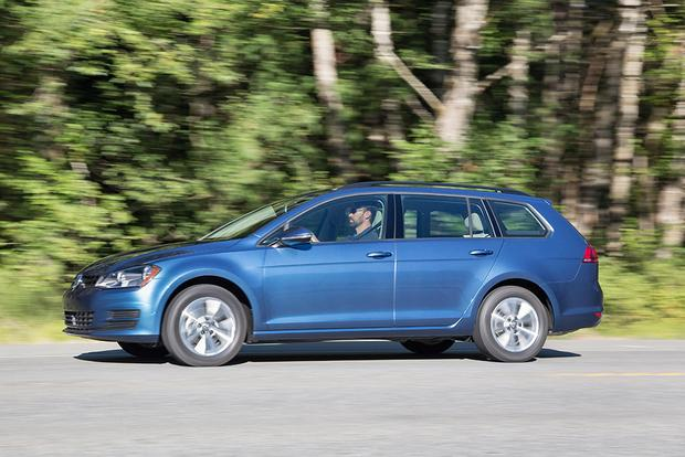 2017 Volkswagen Golf SportWagen: New Car Review featured image large thumb2