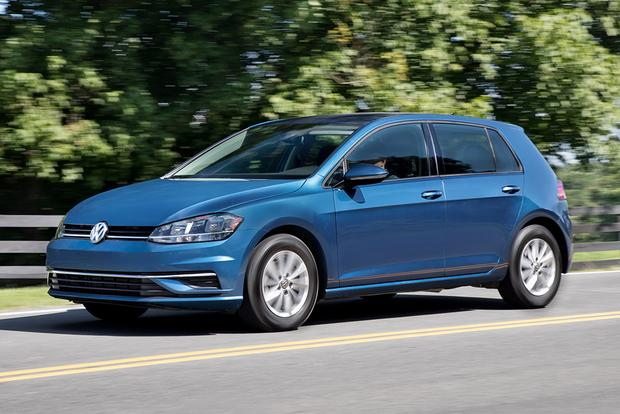 2018 Volkswagen Golf: New Car Review featured image large thumb2