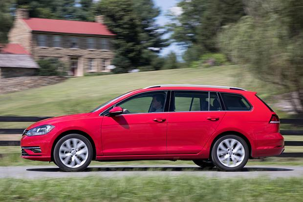 2018 Volkswagen Golf SportWagen: New Car Review featured image large thumb5