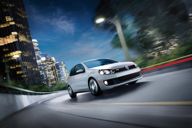 2013 Volkswagen GTI: New Car Review featured image large thumb1