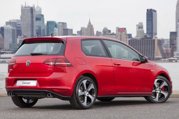 2015 Volkswagen Golf GTI: New Car Review featured image large thumb1