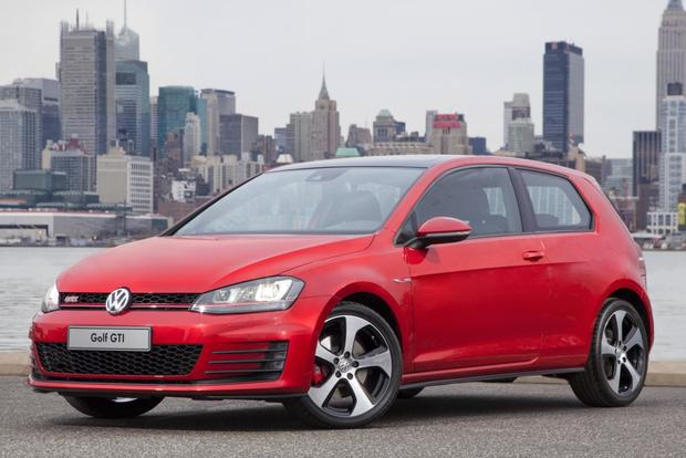 2015 Volkswagen Golf GTI: New Car Review featured image large thumb0