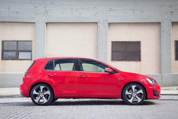2016 Volkswagen Golf GTI: New Car Review featured image large thumb1