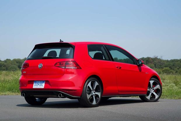 2016 Volkswagen Golf GTI: New Car Review featured image large thumb3