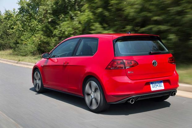 2016 Volkswagen Golf GTI: New Car Review featured image large thumb4