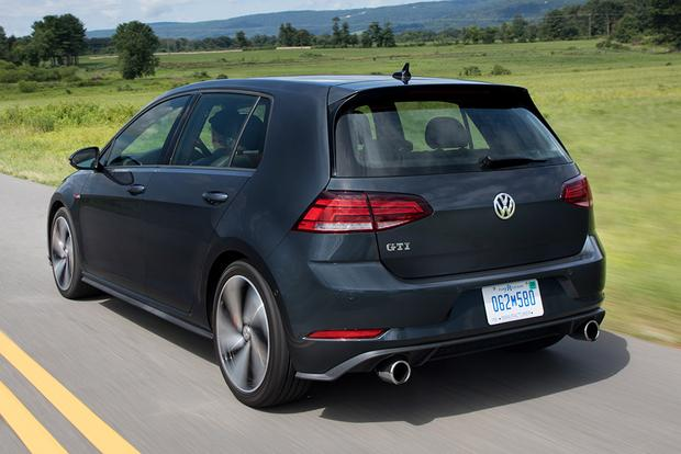 2018 Volkswagen Golf GTI: New Car Review featured image large thumb4