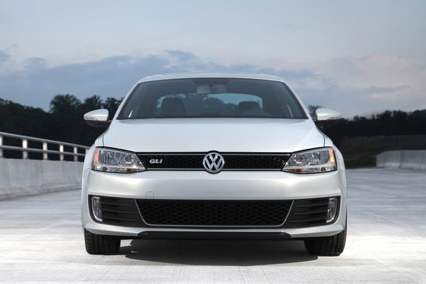 2013 Volkswagen Jetta: New Car Review featured image large thumb2
