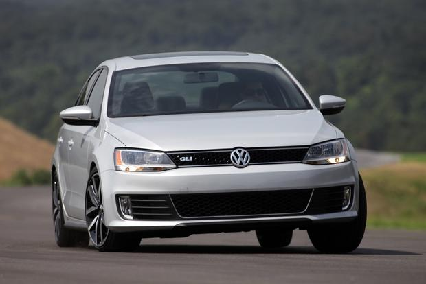 2013 Volkswagen Jetta: New Car Review featured image large thumb3
