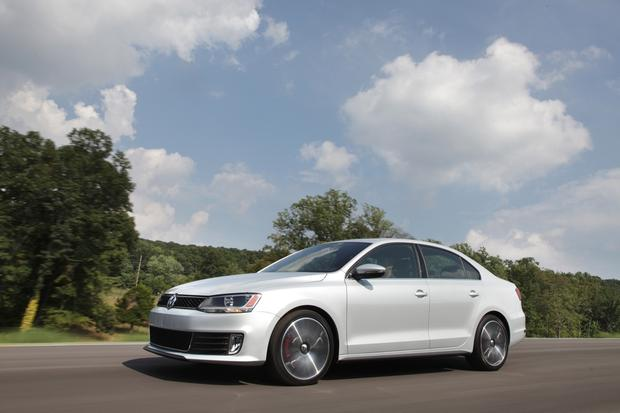 2013 Volkswagen Jetta: New Car Review featured image large thumb5