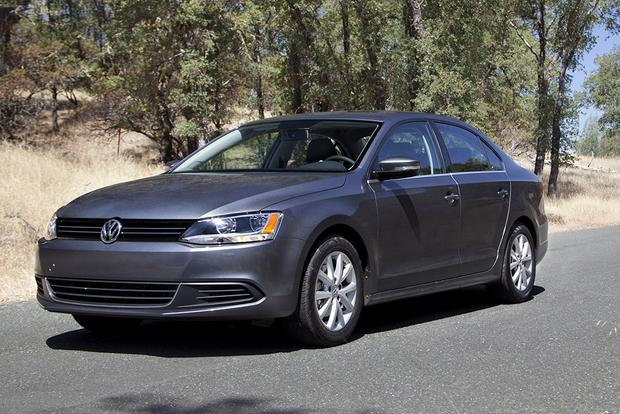 2014 vs. 2015 Volkswagen Jetta: What's the Difference? featured image large thumb9