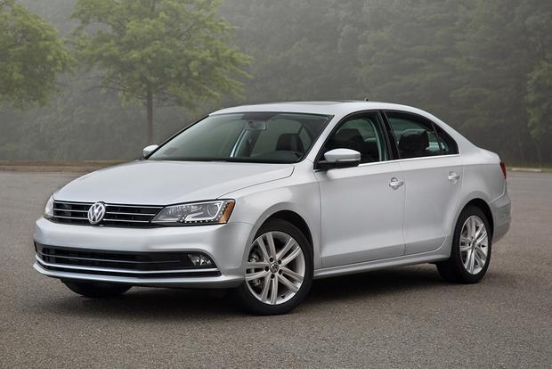 2015 Volkswagen Jetta vs. 2015 Volkswagen Passat: What's the Difference?