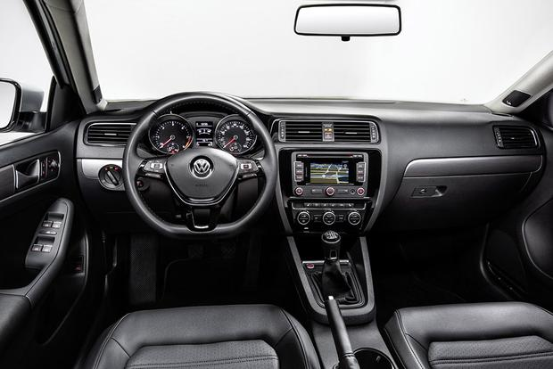2015 Volkswagen Jetta vs. 2015 Volkswagen Passat: What's the Difference? featured image large thumb2