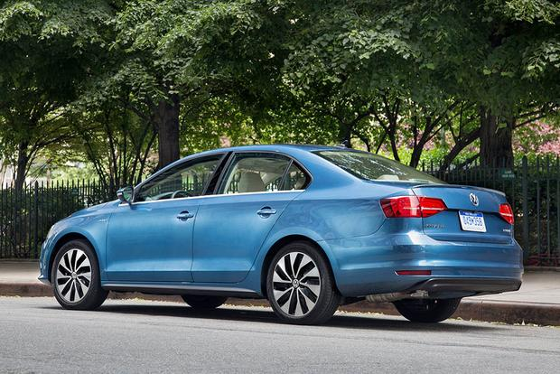 2016 Volkswagen Jetta Hybrid >> 2016 Volkswagen Jetta Hybrid: New Car Review - Autotrader
