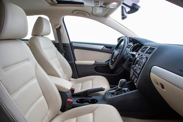 2016 Volkswagen Jetta Hybrid New Car Review Featured Image Large Thumb4