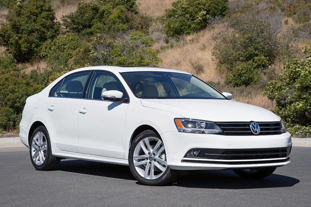 2018 Volkswagen Jetta: New Car Review featured image large thumb6