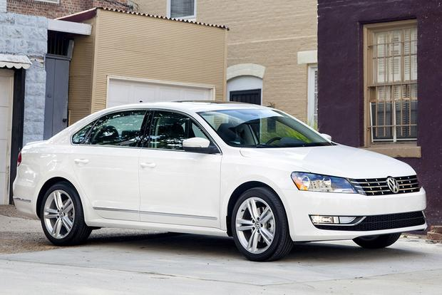 2015 Volkswagen Passat vs. 2015 Toyota Camry: Which Is Better? featured image large thumb1