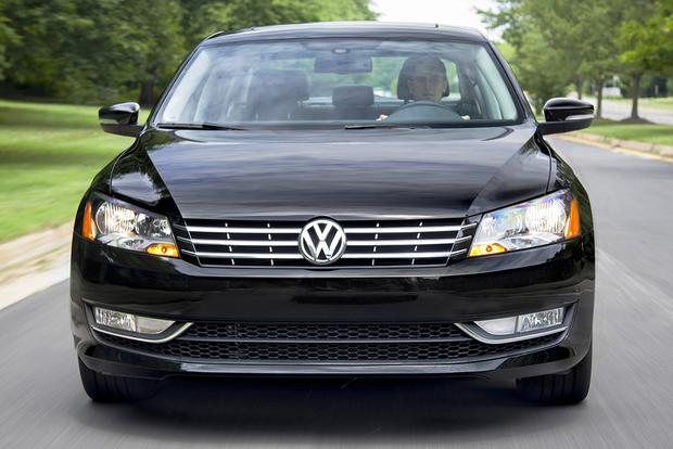 2015 Volkswagen Passat vs. 2015 Toyota Camry: Which Is Better? featured image large thumb3