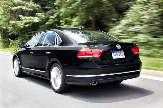 2015 Volkswagen Passat: New Car Review featured image large thumb5