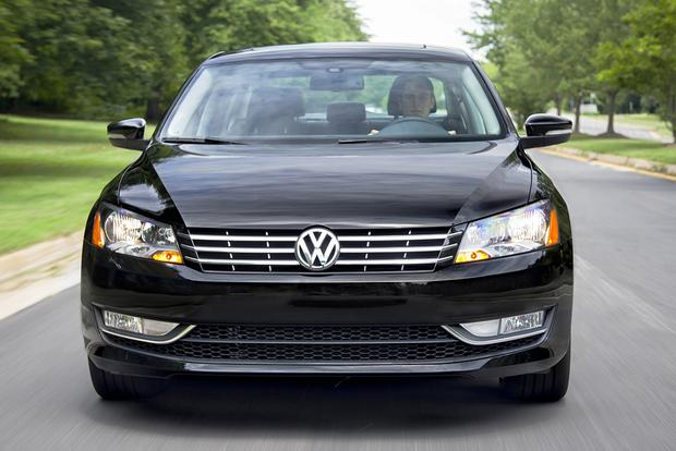 2015 Volkswagen Passat: New Car Review featured image large thumb4