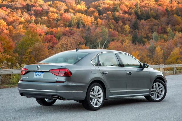 2016 Volkswagen Passat: New Car Review featured image large thumb1