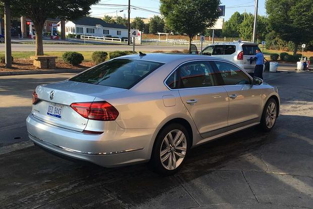2016 Volkswagen Passat: Routine Service featured image large thumb5