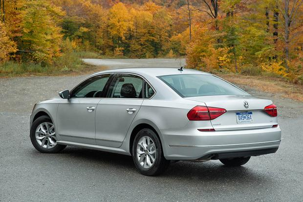 2018 Volkswagen Passat: New Car Review featured image large thumb1