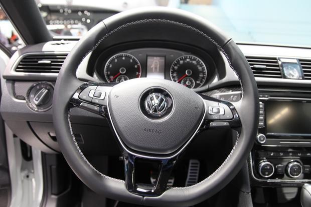 VW Passat Performance Concept: Detroit Auto Show featured image large thumb8