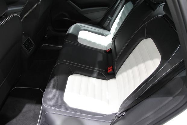 VW Passat Performance Concept: Detroit Auto Show featured image large thumb12
